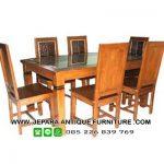 set-meja-kursi-makan-kayu-jati-rumah-lebah