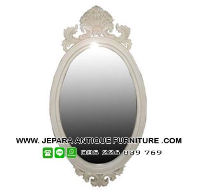 Cermin Kayu Minimalis