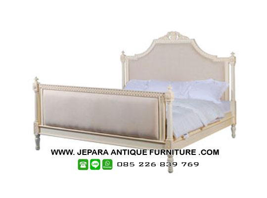 tempat-tidur-mewah-kayu-mahoni