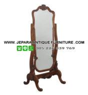 Cermin Jati Goyang
