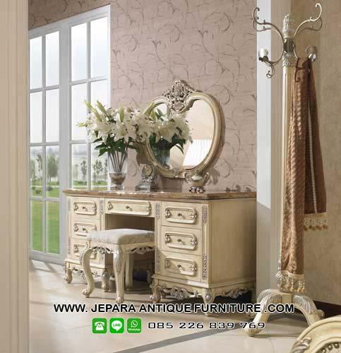 Furniture Mewah Meja Rias Duco